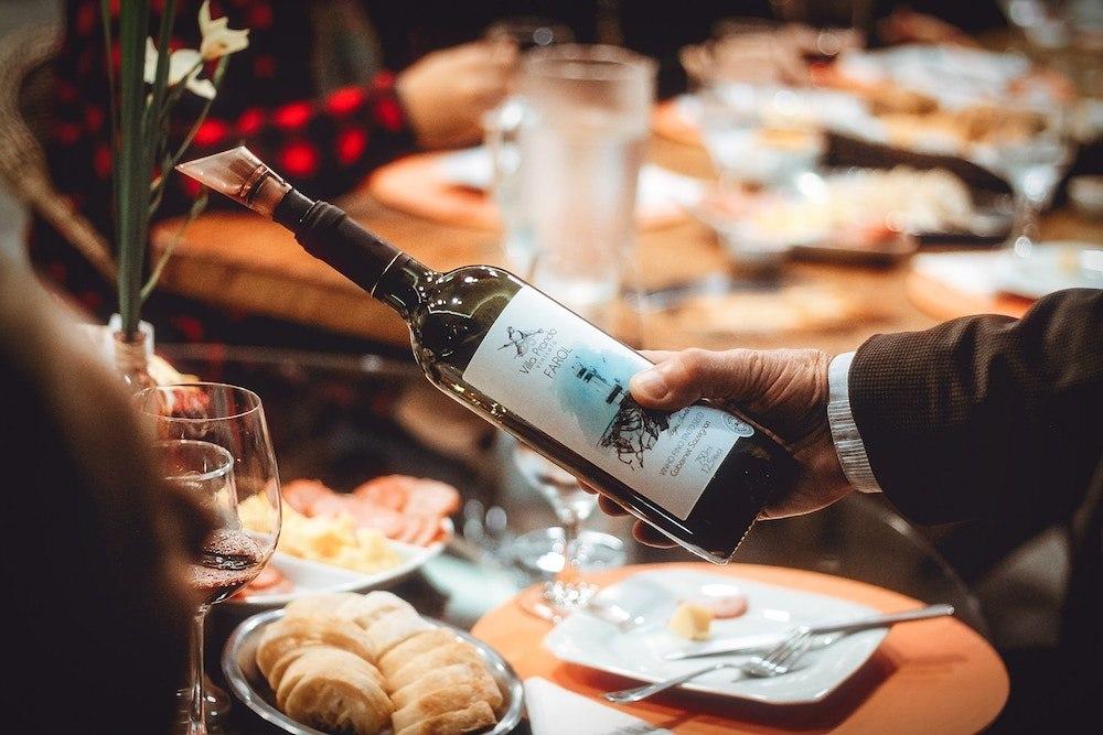 Choisir son vin : faire confiance à un expert